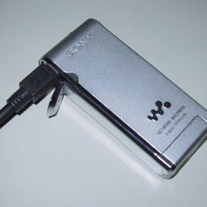 USBで接続